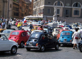 Rome Fiat 500, driving in Italy