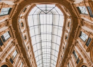 MOVING TO ITALY: Galleria Vittorio Emanuele, Milan