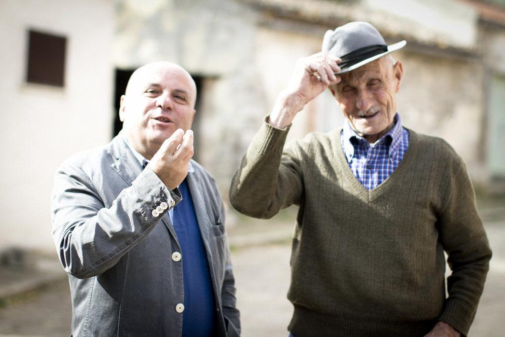 Italian men arguing