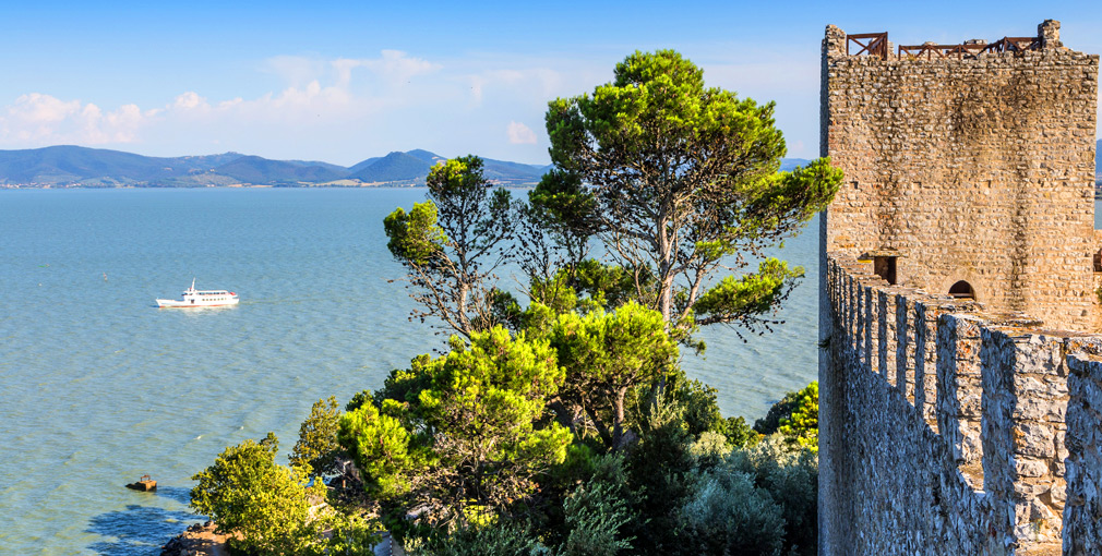 lago trasimeno Umbria Italy