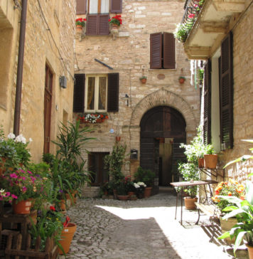 Rent a property in Italy