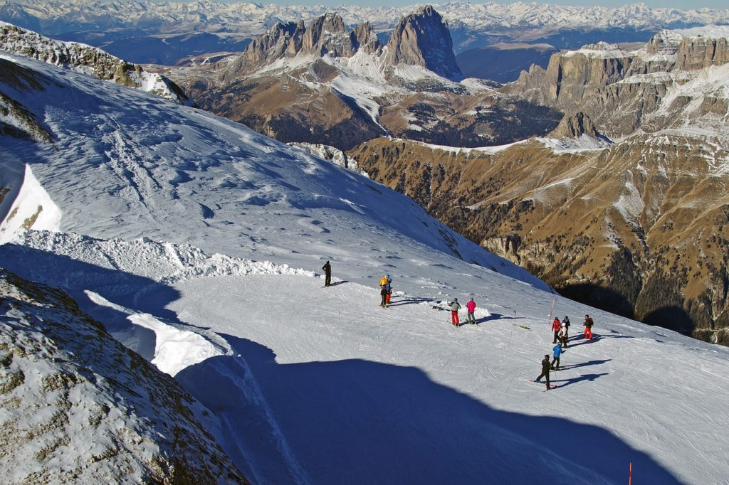 Dolomite supersky, Italy