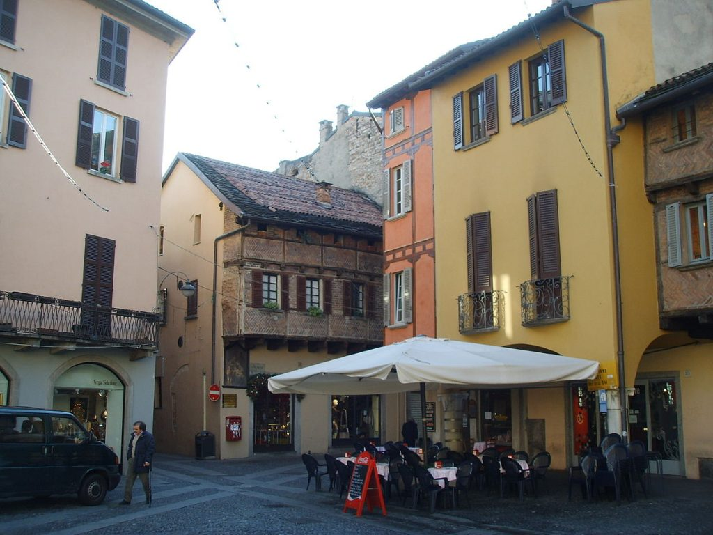 Piazza San Fedele, Como, Lombardy, Italy